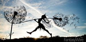 【画像】生きてるみたい!針金で再現された妖精が凄い!!の画像(1枚目)