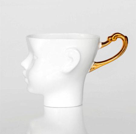 【画像】ちょっとカオスな人の頭のコーヒーカップ…の画像(6枚目)