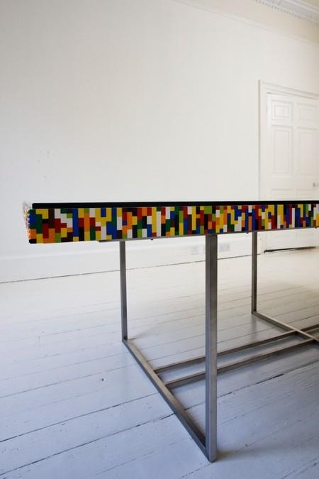 レゴで作った大きなテーブル01