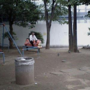 【閲覧注意】孤独を謳歌していたり?していなかったり?している悲しい写真の数々の画像(10枚目)