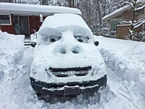 【画像】大雪のニューヨークで日常生活が大変な事になっている様子!の画像(21枚目)