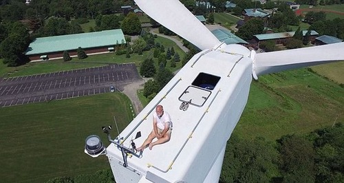 ドローンで撮影!発電用の巨大風車を上から撮影した驚愕の写真!の画像(5枚目)