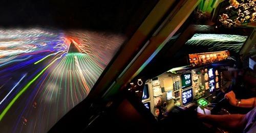 飛行機を運転の画像(8枚目)