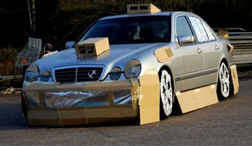 かなりカオスな自動車のカスタム画像の数々!!の画像(14枚目)