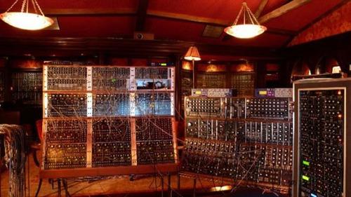 作曲家「ハンス・ジマー」のスタジオの画像(2枚目)