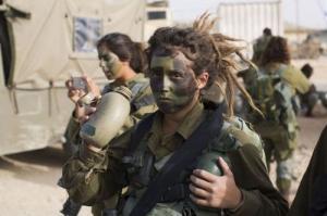 可愛いけどたくましい!イスラエルの女性兵士の画像の数々!!の画像(55枚目)