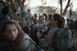 可愛いけどたくましい!イスラエルの女性兵士の画像の数々!!の画像(5枚目)