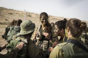 可愛いけどたくましい!イスラエルの女性兵士の画像の数々!!の画像(52枚目)