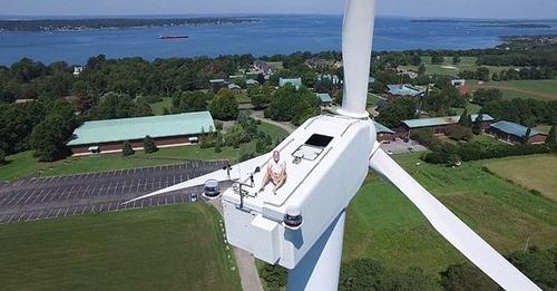 ドローンで撮影!発電用の巨大風車を上から撮影した驚愕の写真!の画像(4枚目)