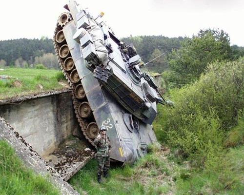 戦車が事故の画像(26枚目)