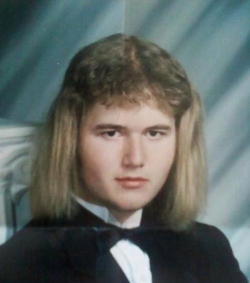ちょっと斬新過ぎるにも程がある髪型の人たちの画像の数々!!の画像(2枚目)