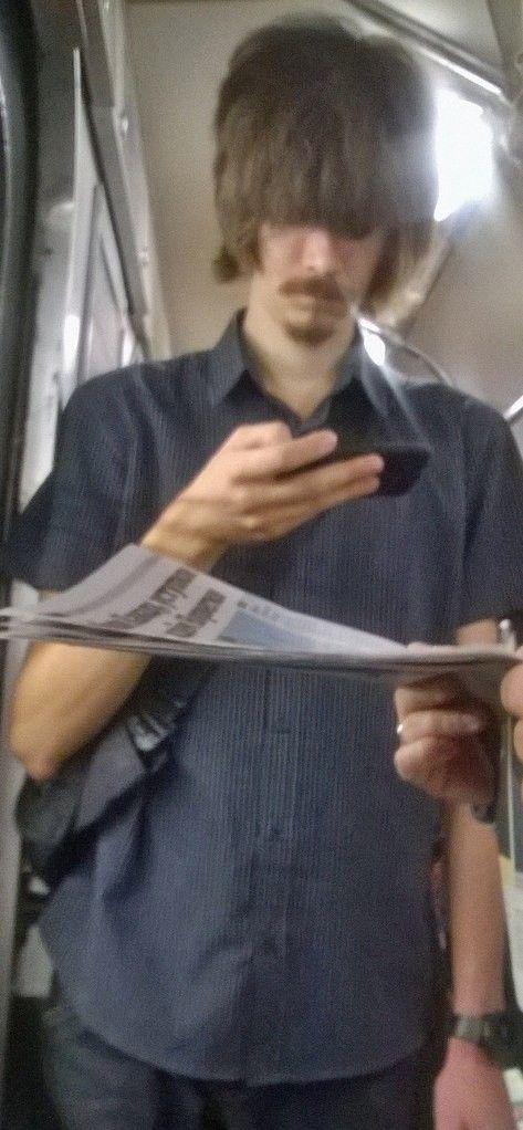 電車や駅で見かけた変った人達の画像(26枚目)