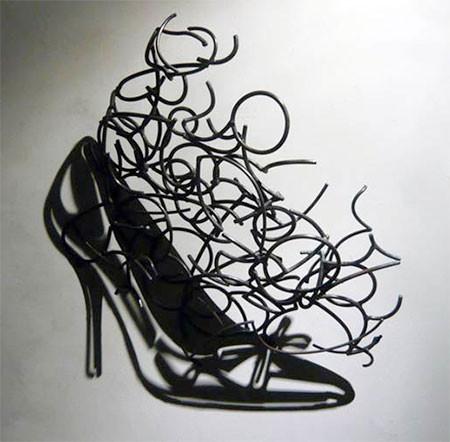 【画像】針金クネクネ!針金の影を使ったアートが凄い!!の画像(10枚目)