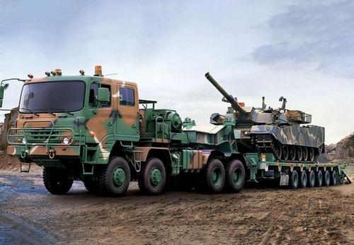 戦車が運べる超大型キャリアカーの画像(16枚目)
