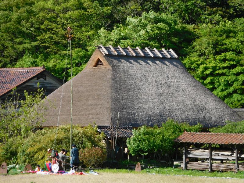ss-藁葺き屋根