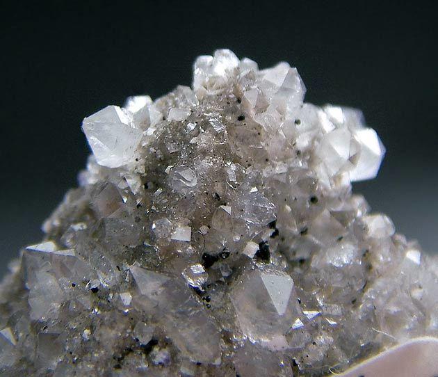 No,1072 Fluorite