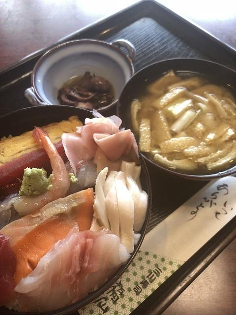 三川寿し 福仙 海鮮丼1