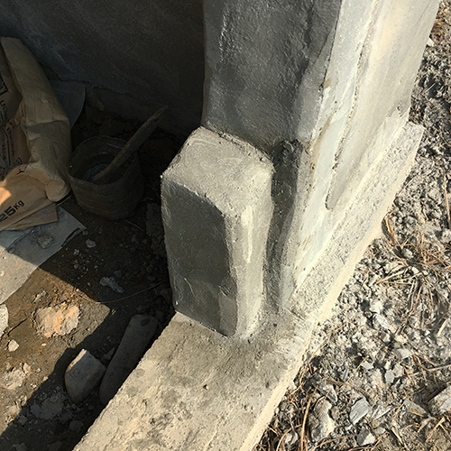 一人で作るブロック小屋⑨ ~ドア枠・窓枠の取り付け~②