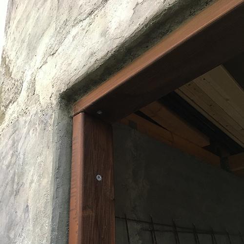 一人で作るブロック小屋⑨ ~ドア枠・窓枠の取り付け~⑤