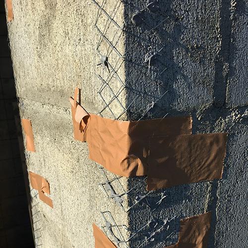 一人で作るブロック小屋⑧ ~モルタル壁塗り左官作業~③