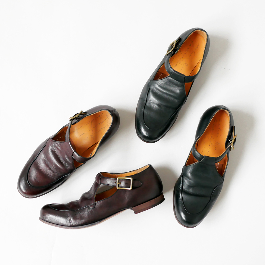 RU 靴 神戸 Lada