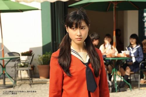 土屋太鳳さん(23)の女子高生姿