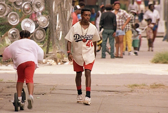 do-the-right-thing-spike-lee_20180617185912fd0.jpg