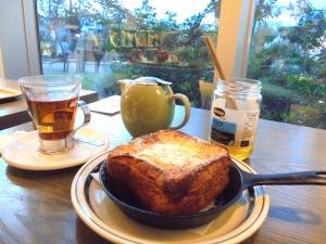 パンとエスプレッソとフレンチトースト