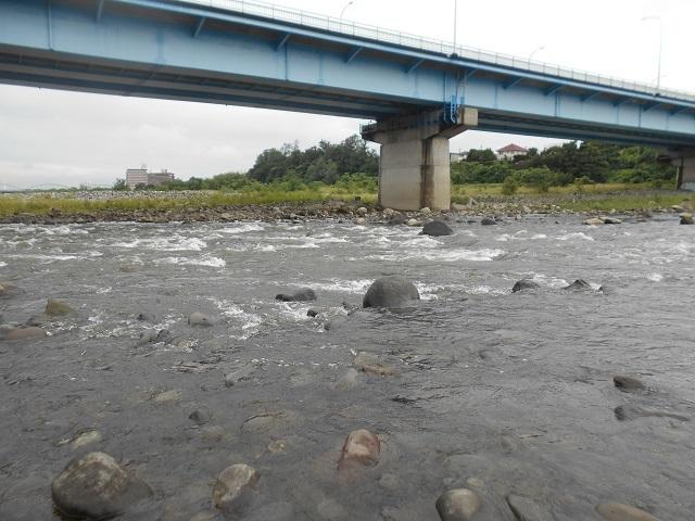 20180902中央大橋上流の荒瀬DSCN4983