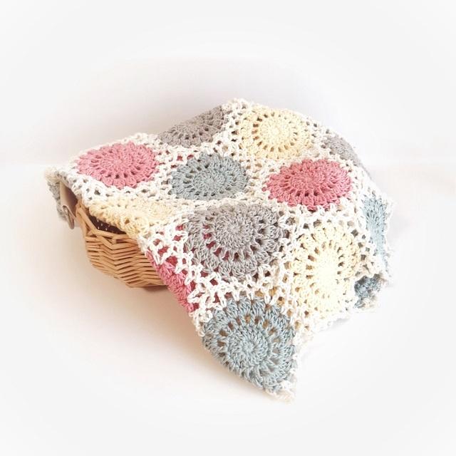 手編み雑貨 HanahanD モチーフつなぎ ドイリー 敷物 ベビー