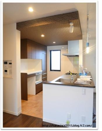 下がり天井とキッチン2