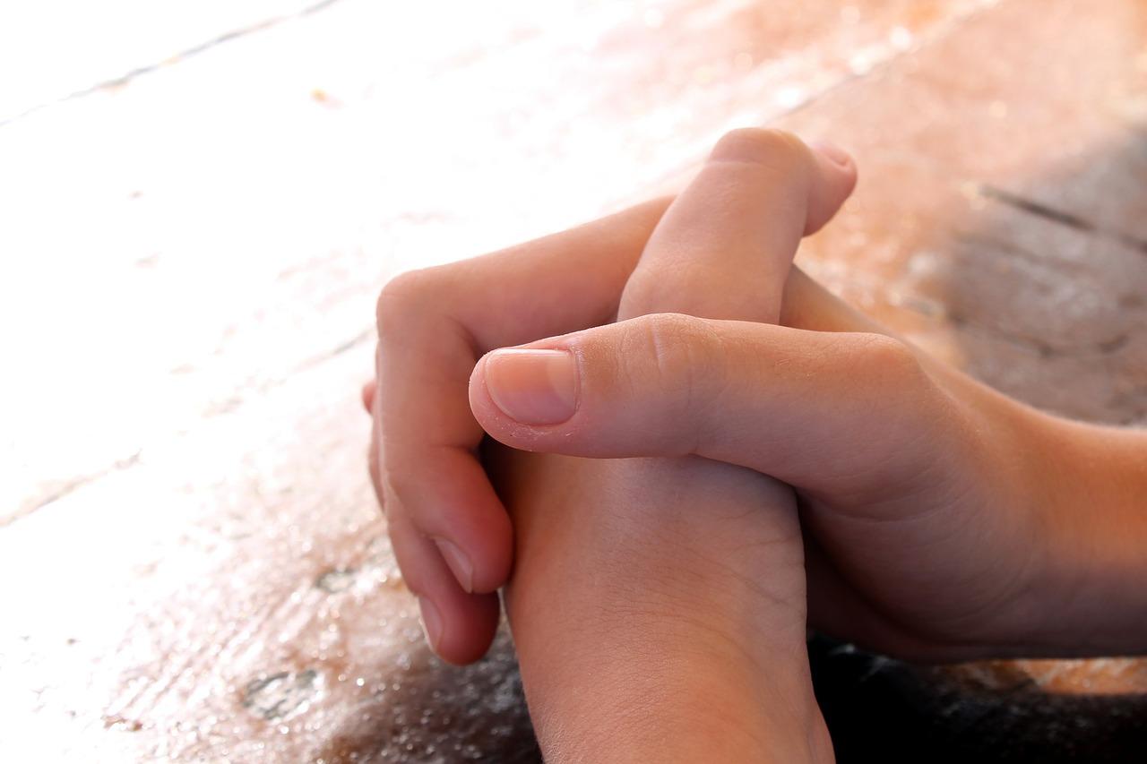 praying-614374_1280.jpg