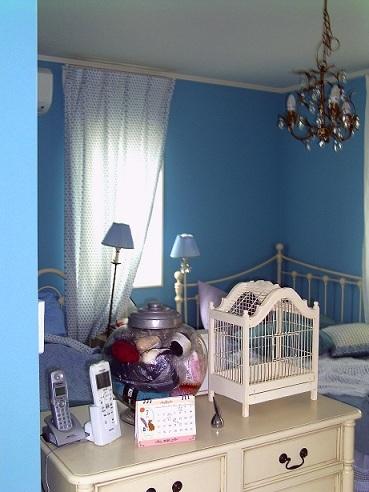 青の部屋 (369x492)