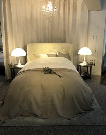 エレガントスタイルベッド