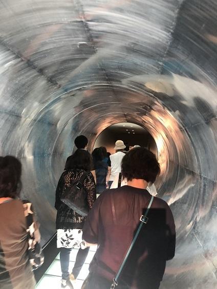 貯蔵庫トンネル
