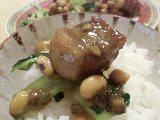 肉と大豆で飯を食う