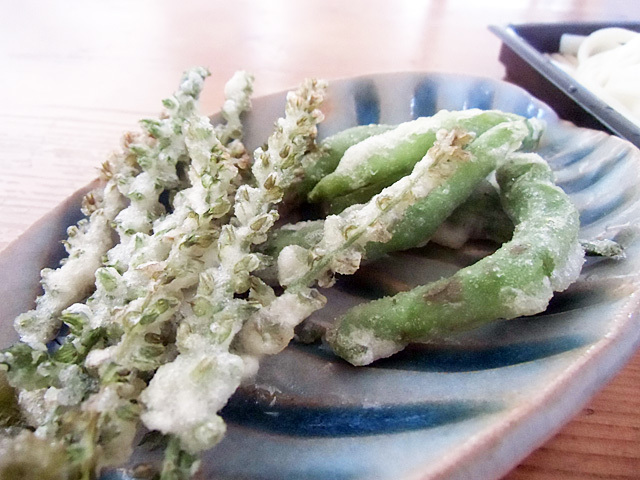 シシトウと穂紫蘇の衣焼き