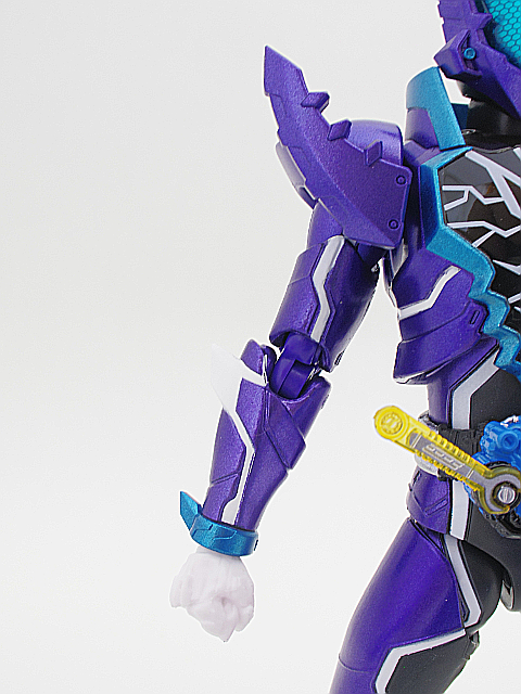 SHF 仮面ライダーローグ13
