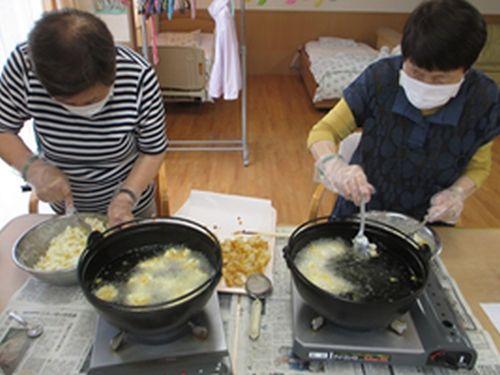 20180521戸田川名古屋と中国のコラボ昼食を作りましたー!3