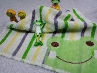 蛙のタオルハンカチ