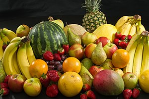 300px-Culinary_fruits_front_view.jpg