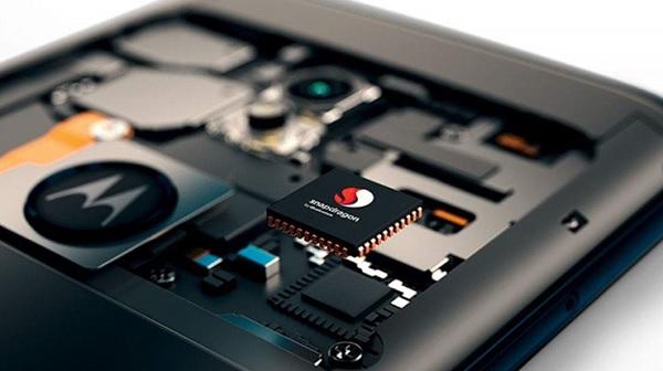 062_Moto G6 Play_imagesA
