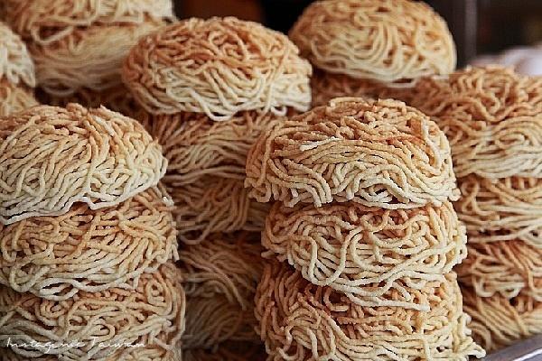 民族鍋焼意麺03