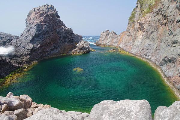 神津島 千両池