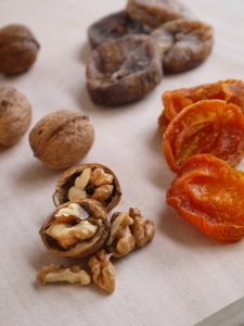 Dryfruit/nuts