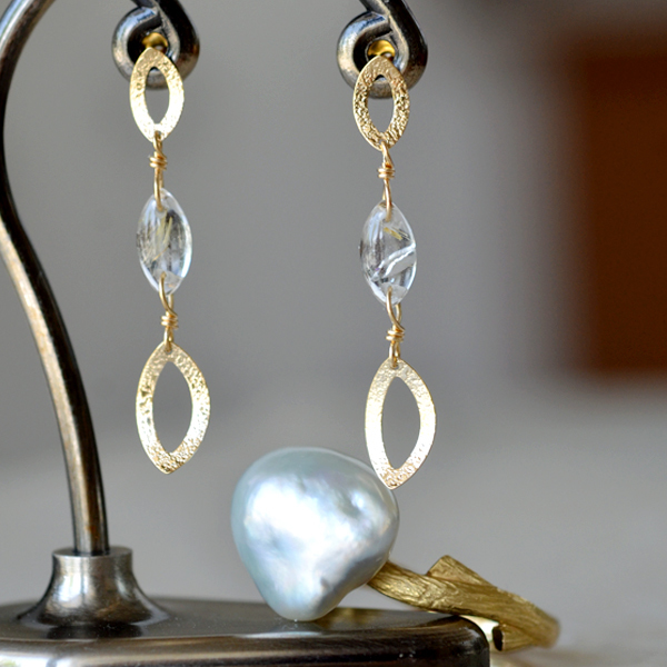 K18YG製イエローゴールドルチルクォーツ艶消しピアス南洋白真珠ケシ枝リング指輪