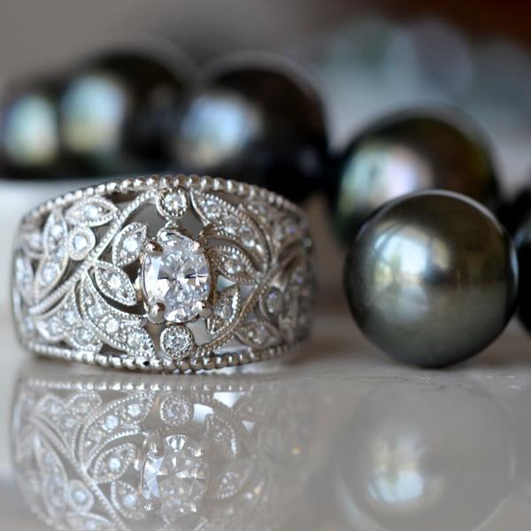 南洋黒真珠ピアスネックレスオーバルカットダイアモンドリング