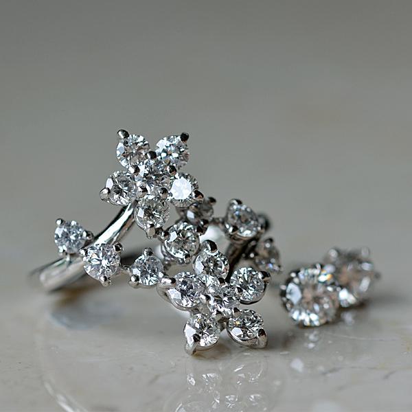 Pt900製プラチナダイアモンドリング指輪ピアス