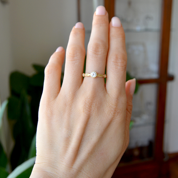 K18YG製イエローゴールドダイアモンド彫金手彫りリング指輪2
