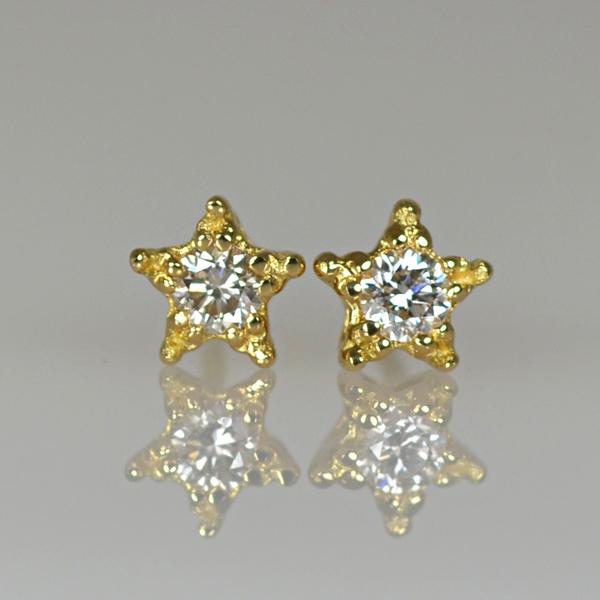 K18YG製イエローゴールドダイアモンド星スターモチーフピアス